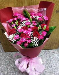 (請先詢問) NO24 母親節 玫瑰花束  玫瑰 康乃馨 母親節花束 感恩花束 限桃園地區