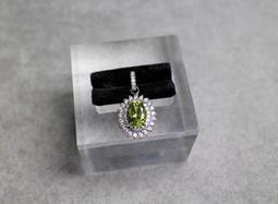【茶香藝品小舖】OLIVINE 奢華天然橄欖石墬飾 八月的誕生石