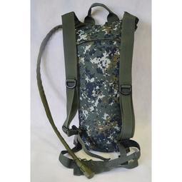 國軍數位迷彩水袋水囊袋~送吸管夾防塵蓋套!制式數位迷彩水袋 單車水袋水壺袋水袋背包水壺袋~可開發票~p000044677