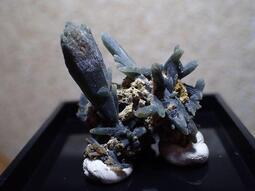 貝石之戀~綠水晶.鏡鐵礦 J 052705