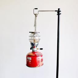 輕量化.便攜式摺疊營燈柱(附收納袋)露營燈柱.可掛M9 瓦斯燈 頭燈 適用 營釘 豬尾巴