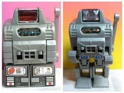 ▲宇宙城▼ 台灣製 拉霸賓果機變形機器人塑膠玩具1個 夢幻老玩具 早期懷舊收藏 C3