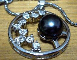 設計款-黑珍珠墜子(有鑲嵌)附送永不生銹金屬項鏈