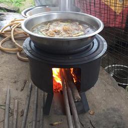 戶外柴火雞爐子大農村家用鋼板老式。木柴爐灶小鐵爐子取暖野炊 傳統火爐